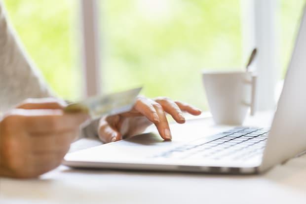 Was bietet die Online-Funktion des Personalausweises